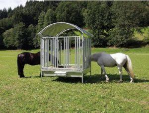 heuraufen-fuer-pferde